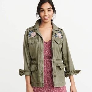 NWT Abercrombie & Fitch Utility Embroidered Jacket
